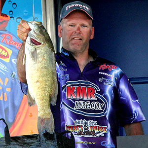 A long run up the St Clair River paid off big for pro Mark Modrak