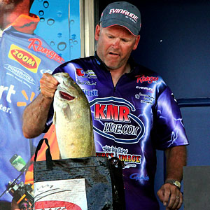 2011 Detroit River EverStart champion Mark Modraks pulls out one of his big smallmouth bass